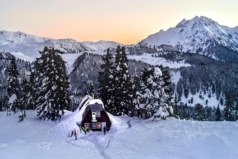 snowshoe to elfin lakes