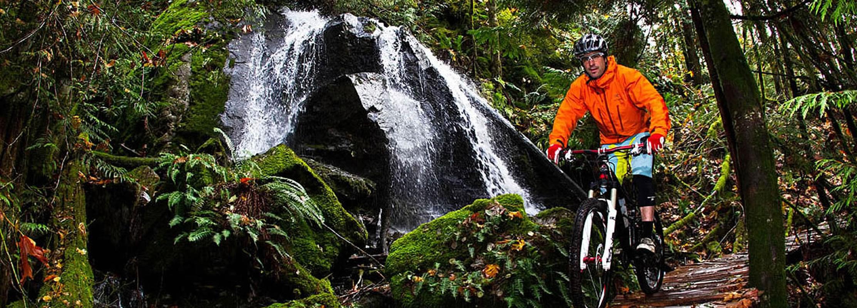 Fall mountain biking in Squamish