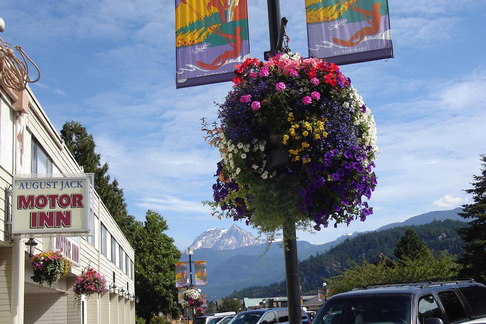 August Jack Motor Inn Squamish