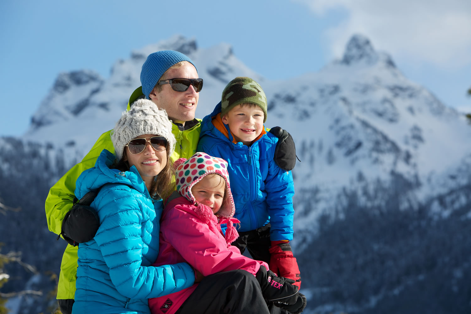 Family looking at view in Squamish